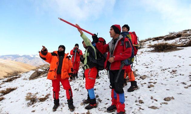 استقرار 2 تیم عملیاتی امدادونجات در ارتفاع ۳۶۰۰متری