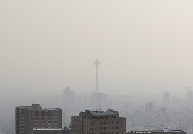 آلودگی هوای تهران در 16 بهمن به 156 رسید