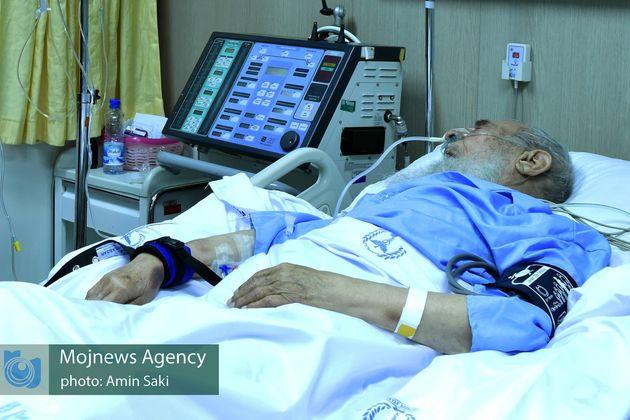 آیت الله عباسعلی صادقی به بیمارستان مهراد تهران منتقل شد