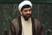 سزاوار این است آقای روحانی به مجلس می آمد تا بودجه را تقدیم مجلس کند