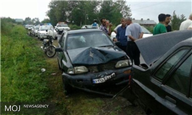 تصادف زنجیرهای هفت خودرو در جاده لشتنشا خشکبیجار