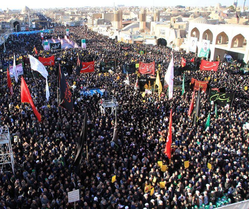 اجتماع بزرگ هیات های مذهبی یزد در سوگ شهادت سردار سلیمانی