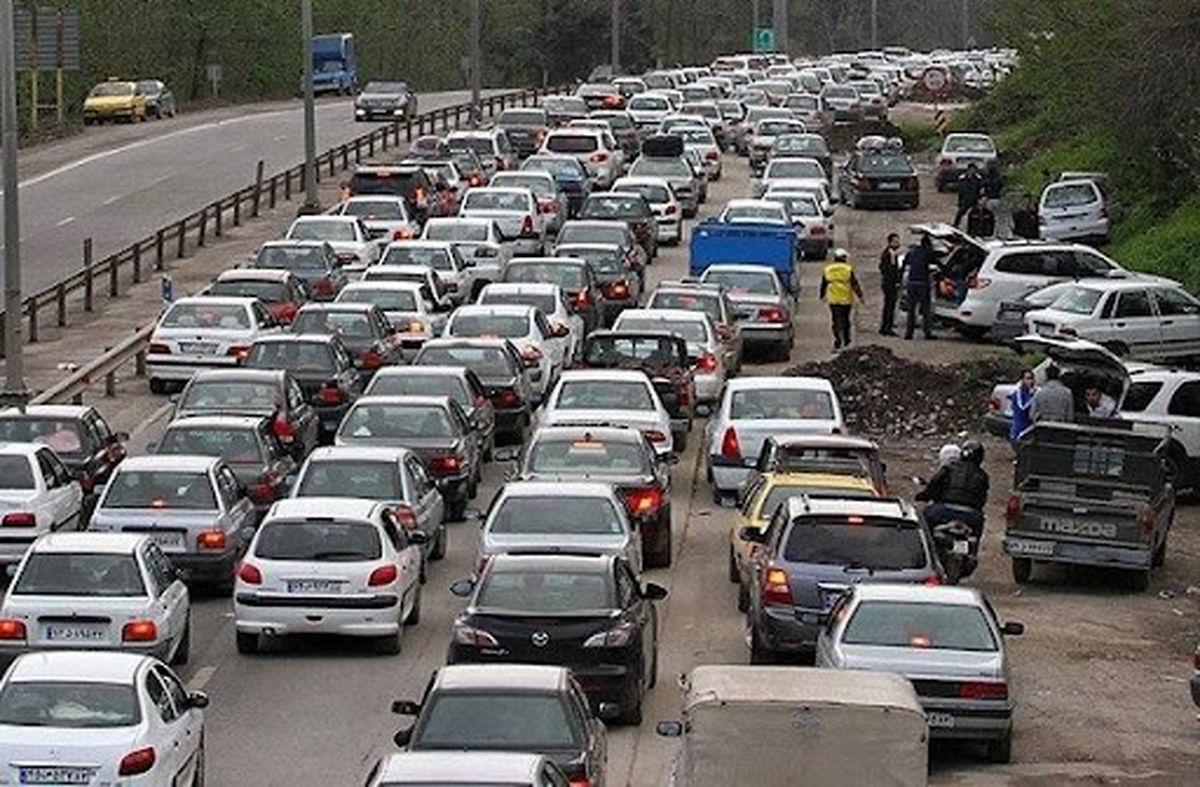 ترافیک سنگین در محورهای هراز و امام رضا(ع)
