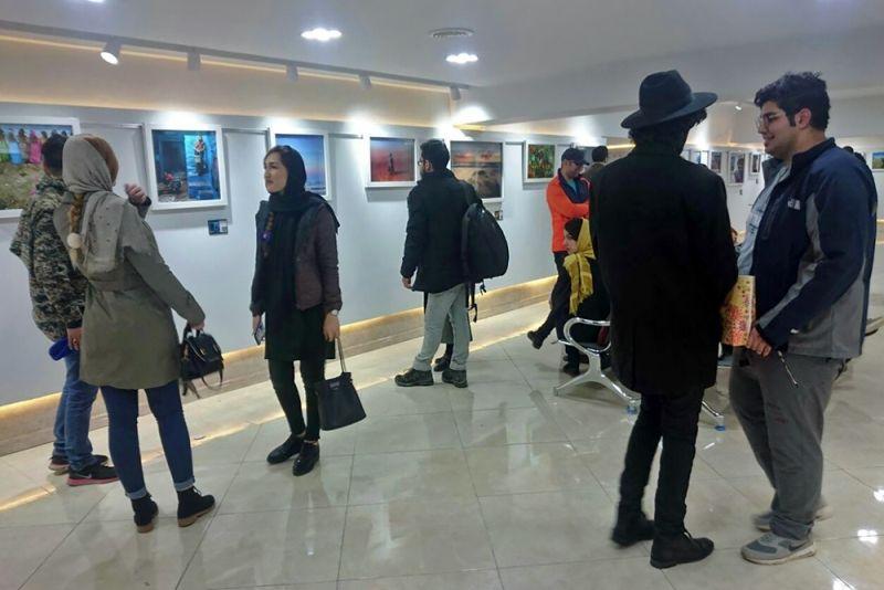 نمایشگاه مشترک زنان طراح ایران و ترکیه در کرمانشاه افتتاح شد