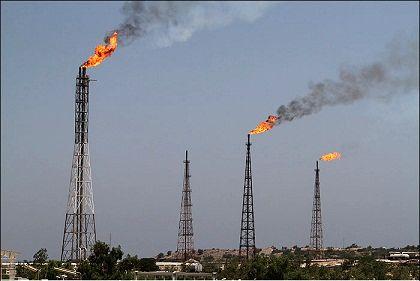 عملیات اجرایی جمع آوری فلرهای نفتی آغاز شد