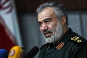 آمریکا برای نابودی انقلاب اسلامی از هیچ کاری دریغ نمی کند