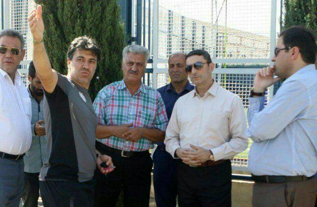 بازدید معاون وزیر ورزش از کمپ استقلال