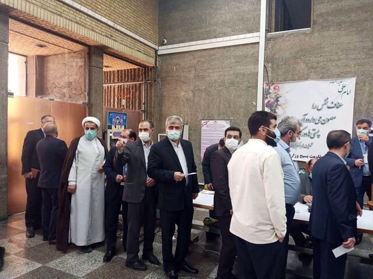 دادستان تهران پای صندوق رای حضور یافت
