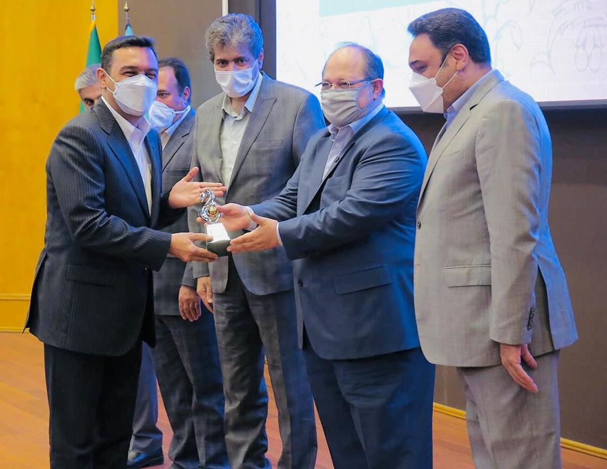 صبا فولاد خلیج فارس به عنوان شرکت برتر وزارت کار معرفی شد