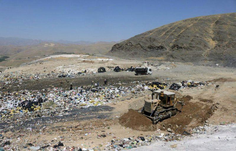 20 تن پلاستیک، روزانه در همدان دفن می شود