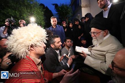 دیدار جمعی از شاعران و اهالی فرهنگ و ادب با مقام معظم رهبری