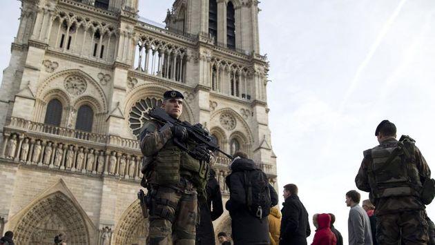 پاریس؛ شهر گردشگری یا پادگان نظامی