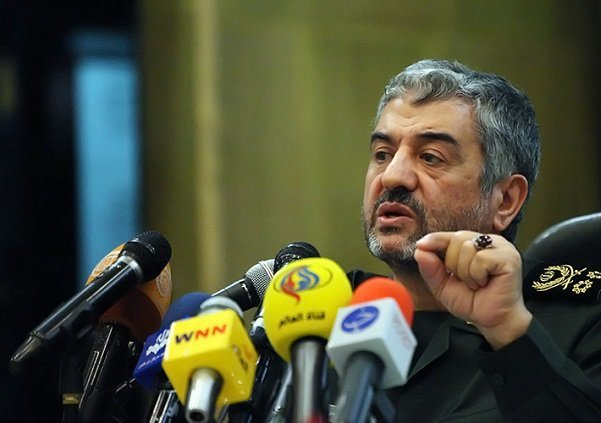 سردار جعفری فرمانده دانشگاه افسری و تربیت پاسداری امام حسین (ع) را منصوب کرد