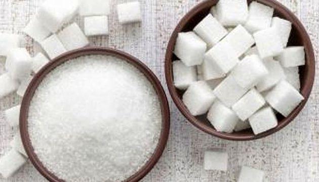 به منظور حفظ ذخایر استراتژیک شکر کشور شکر سفید خریداری می کنیم