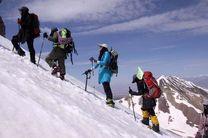 نجات جان کوهنورد 32 ساله شیرازی در مسیر بازگشت از قله دماوند