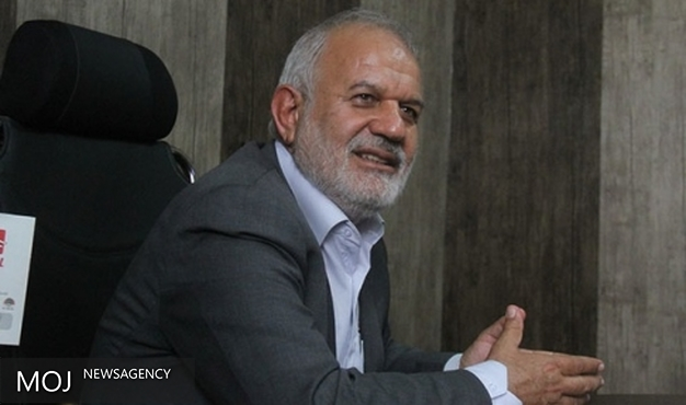 نماینده مجلس از آتش نشانان برای مهار آتش سوزی بندر ماهشهر تشکر کرد