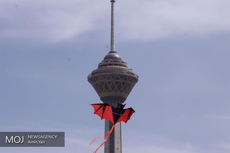 افتتاح نمایشگاه هنر های آیینی در برج میلاد
