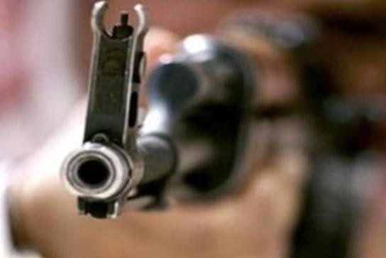درگیری مسلحانه محتکرین مواد غذایی با ماموران اداره کل صمت لرستان/ 2 نفر بازداشت شدند