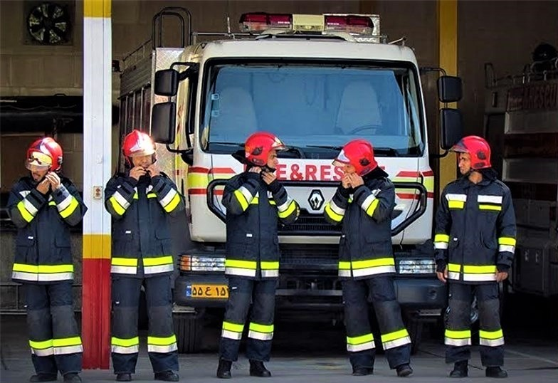 44 عملیات امداد و نجات موفق در بندرعباس/آماده باش کامل ایستگاههای آتش نشانی بندرعباس