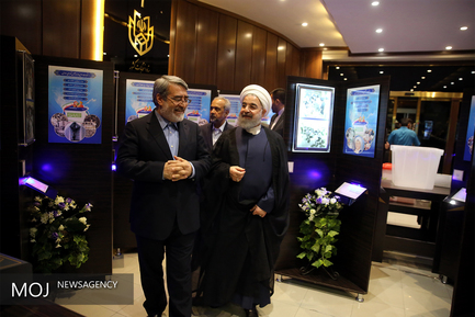 بازدید حسن روحانی از ستاد انتخابات کشور