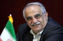 وزیر اقتصاد از اقدام نظام بانکی درباره زلزله زدگان تشکر کرد
