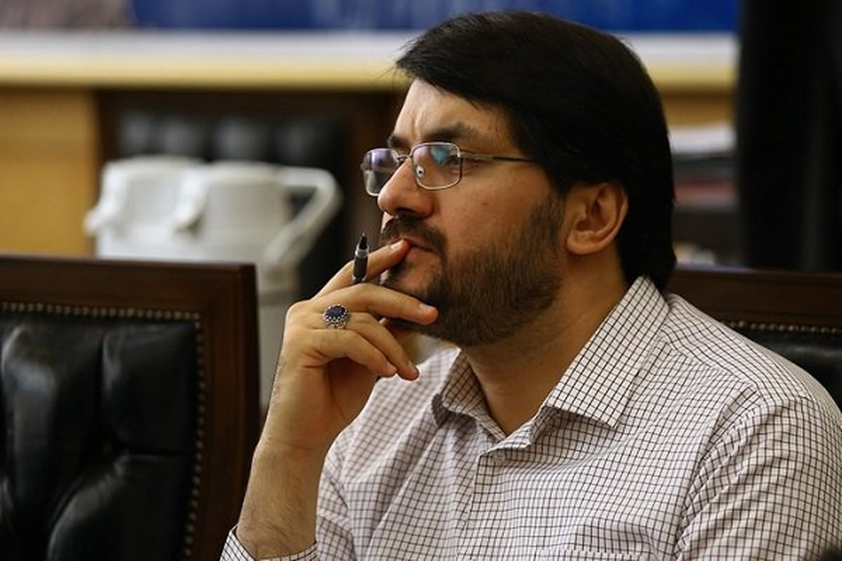 تذکرات مهرداد بذرپاش اینبار به وزیر ارتباطات