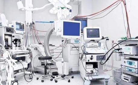 اهداء تجهیزات پزشکی توسط یک خیر اصفهانی به بانک امانات تجهیزات پزشکی هلال احمر