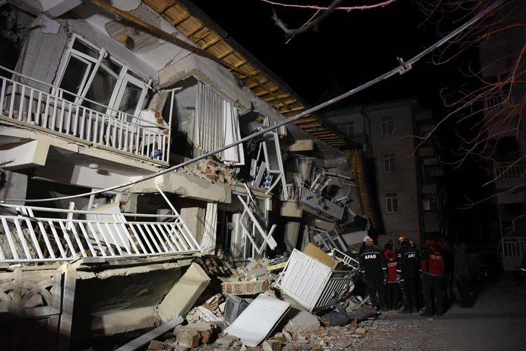 وقوع زلزله نسبتا قدرتمند دیگر در ترکیه