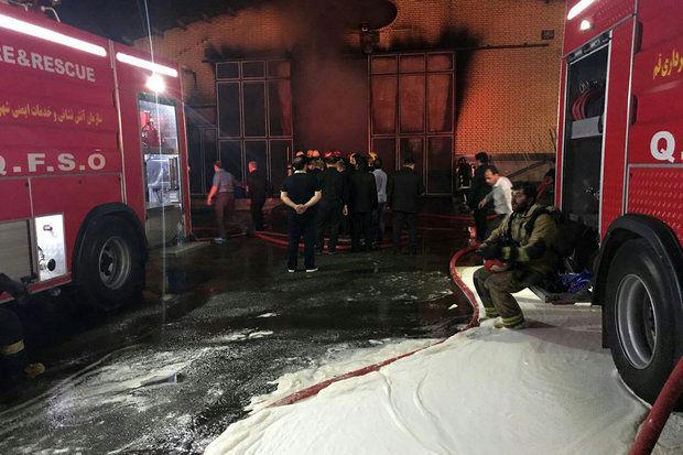 آتشسوزی 3 دستگاه خودرو در پارکینگ یک ساختمان