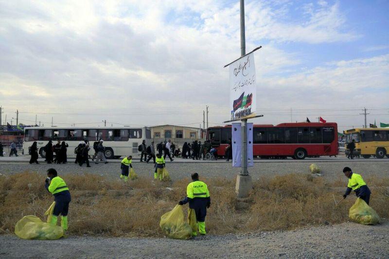 جمع آوری 406 تن زباله در مرز مهران