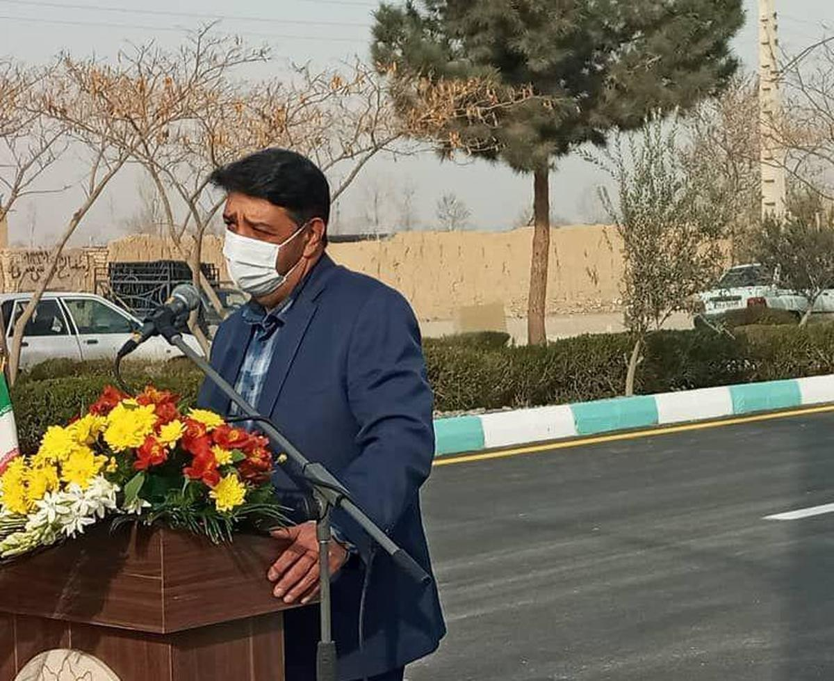 شهردار به منزله سنگ زیرین آسیاست