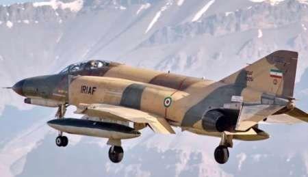اورهال یک فروند هواپیمای F-۴ نهاجا
