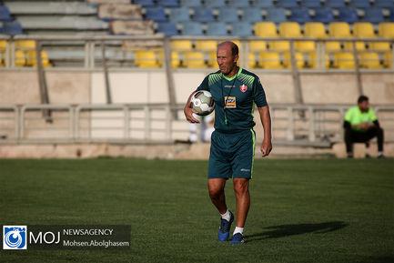 تمرین تیم فوتبال پرسپولیس - ۱۵ تیر ۱۳۹۸ / گابریل کالدرون سرمربی پرسپولیس