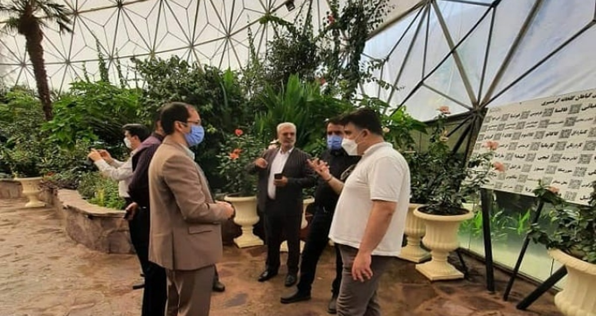 پیگیری سازمان سیما، منظر و فضای سبز شهرداری یزد برای احداث گلخانه گردشگری گرمسیری