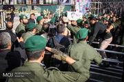 آغاز مراسم تشییع پیکر شهید حججی/ حضور چشمگیر عزاداران حسینی در میدان امام حسین (ع)