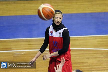دیدار تیم های بسکتبال بانوان پاز تهران و گروه بهمن