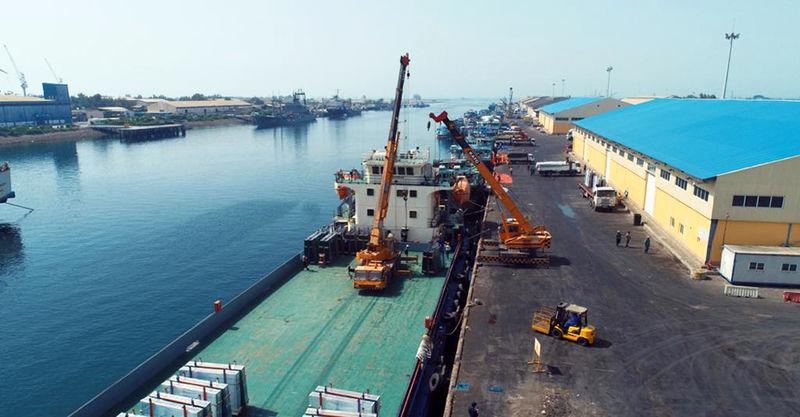 ساخت اسکله با قابلیت پهلوگیری کشتی های یک میلیون تنی