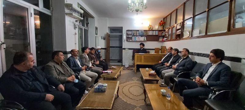 دیدار اعضای جدید هیات مدیره خانه مطبوعات استان اردبیل با آیت الله سیدحسن عاملی