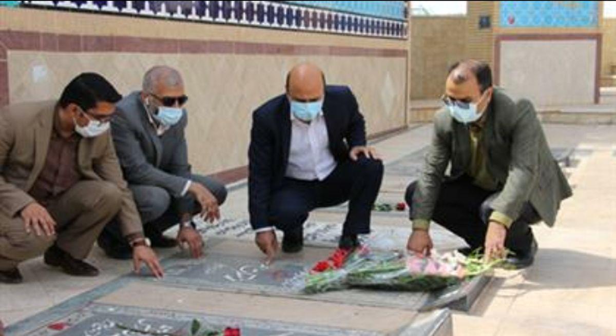 تجدید میثاق مدیرکل و مسئولان زندان های یزد با آرمان های سردار شهید محمد منتظر قائم