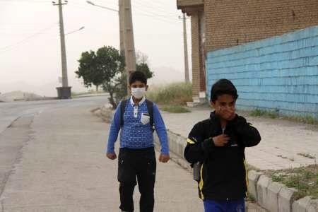 گرد و خاک مدارس 19 شهرستان استان خوزستان را تعطیل کرد