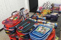 توزیع 30 بسته نوشتافزار در میان دانش آموزان نیازمند در فلاورجان