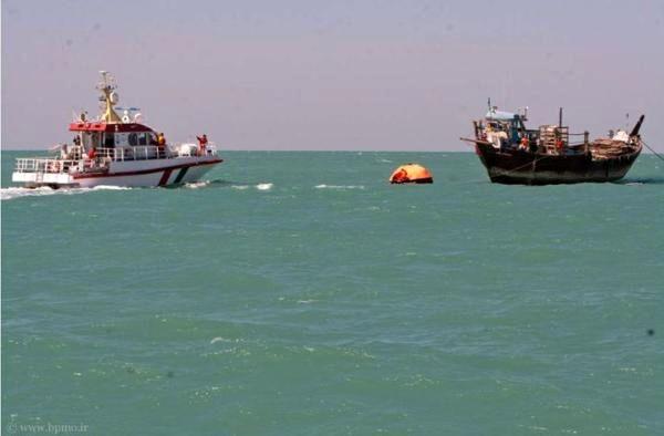 توقیف دو فروند شناور صیادی قطری در آبهای خلیج فارس