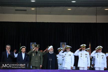 الحاق زیر دریایی فاتح به ناوگان نیروی دریایی با حضور رییس جمهوری