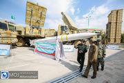 بازدید فرمانده کل ارتش از نمایشگاه صنایع دفاعی