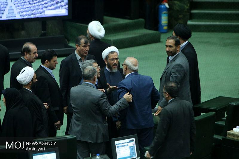 اختلاف در کمیسیون اجتماعی مجلس شایعه یا واقعیت؟/ تهدید 15 عضو کمیسیون به استعفا