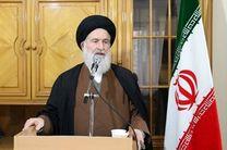 نسل جدید باید از نقش اساسی و قاطع ولایت در پیروزی انقلاب اسلامی آشنا شود