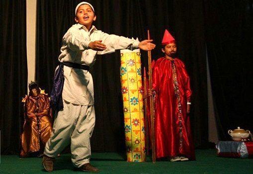 چهاردهمین جشنواره تئاتر درسی استانی در میناب به کار خود پایان داد