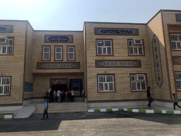 ششمین مدرسه بانک آینده در بوشهرافتتاح شد