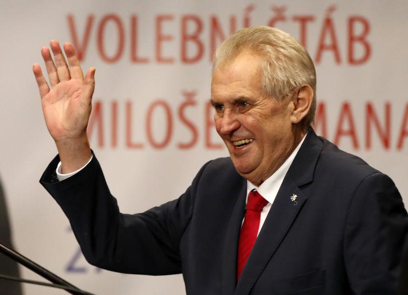 میلوش زمان در انتخابات ریاست جمهوری چک پیروز شد