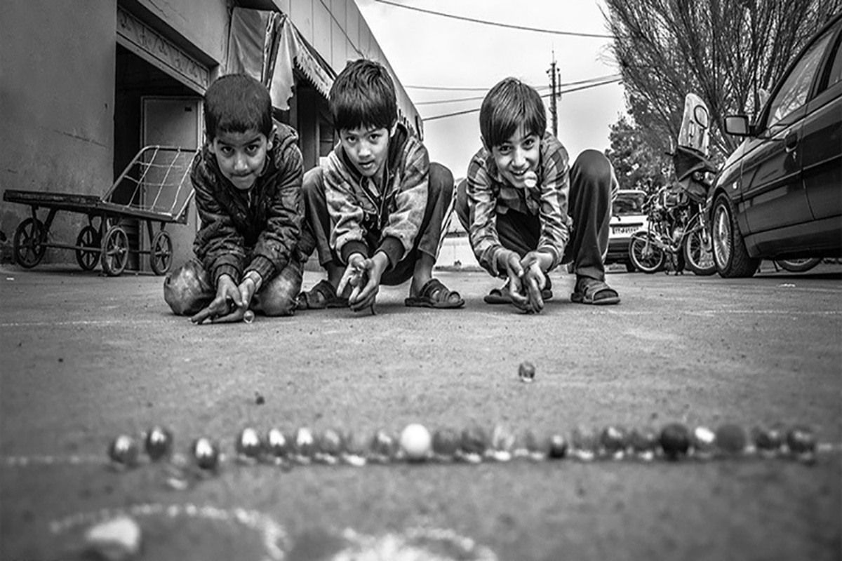 نماهنگ رفیق با صدای بابک افرا منتشر شد+ویدئو